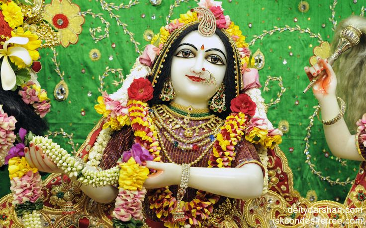 To view Radha Close Up Wallpaper of ISKCON Chowpatty in difference sizes visit - http://harekrishnawallpapers.com/srimati-radharani-close-up-wallpaper-008/