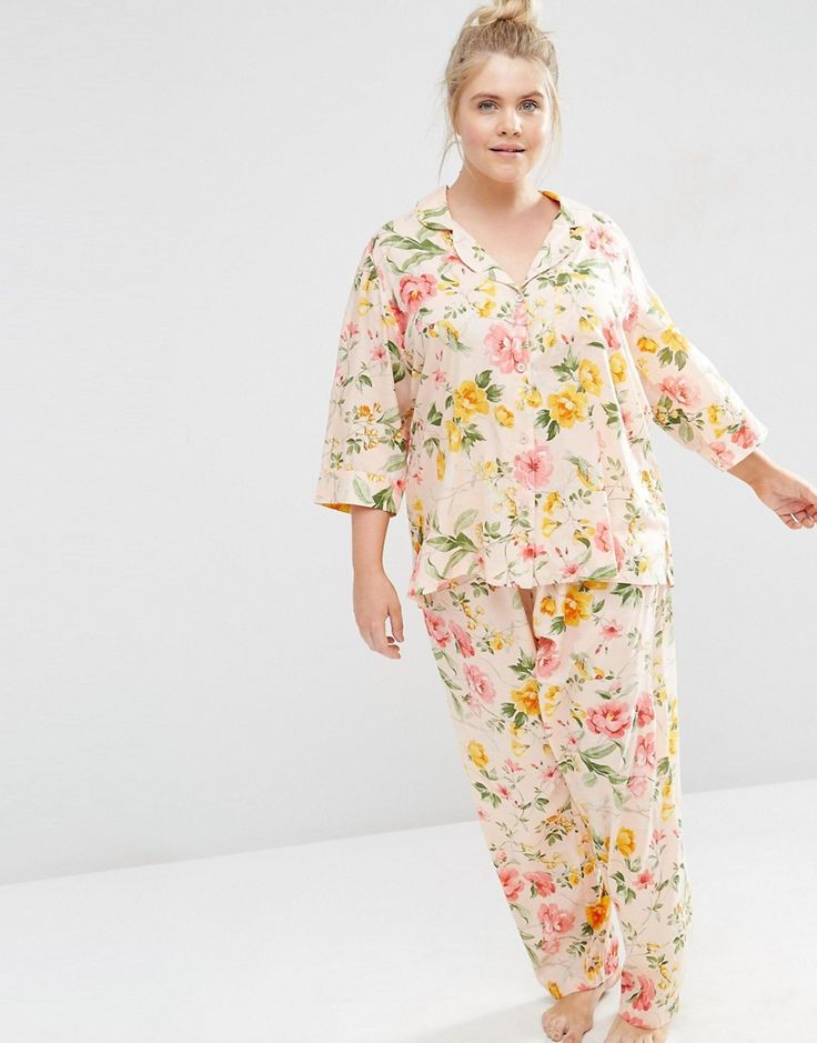 Image 4 of ASOS CURVE Floral Bloom Print Traditional Shirt & Trouser…