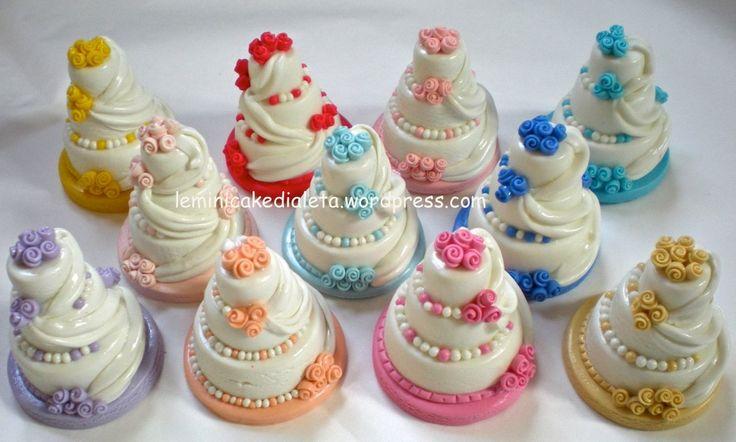 Minicake in pasta di mais. Bomboniere wedding.handmade Info: leminicakedialeta@gmail.com  www.leminicakedialeta.wordpress.com