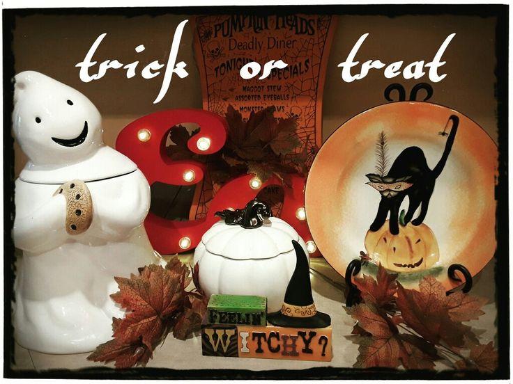 Feelin witchy! My kitchen halloween display