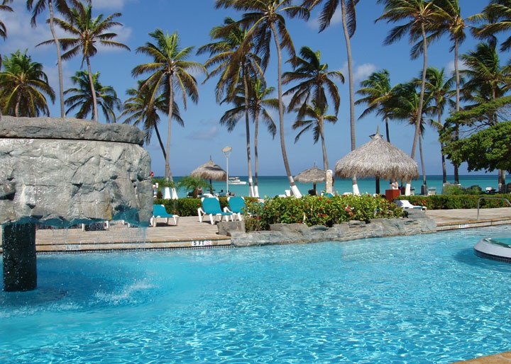HOLIDAY INN ARUBA want to be there now!