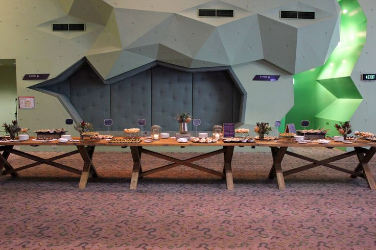 Long grazing table by Cnk Catering