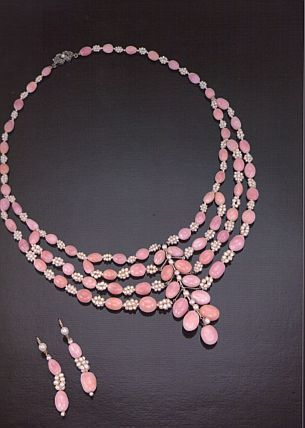 Pink pearl necklace circa 1800-1890