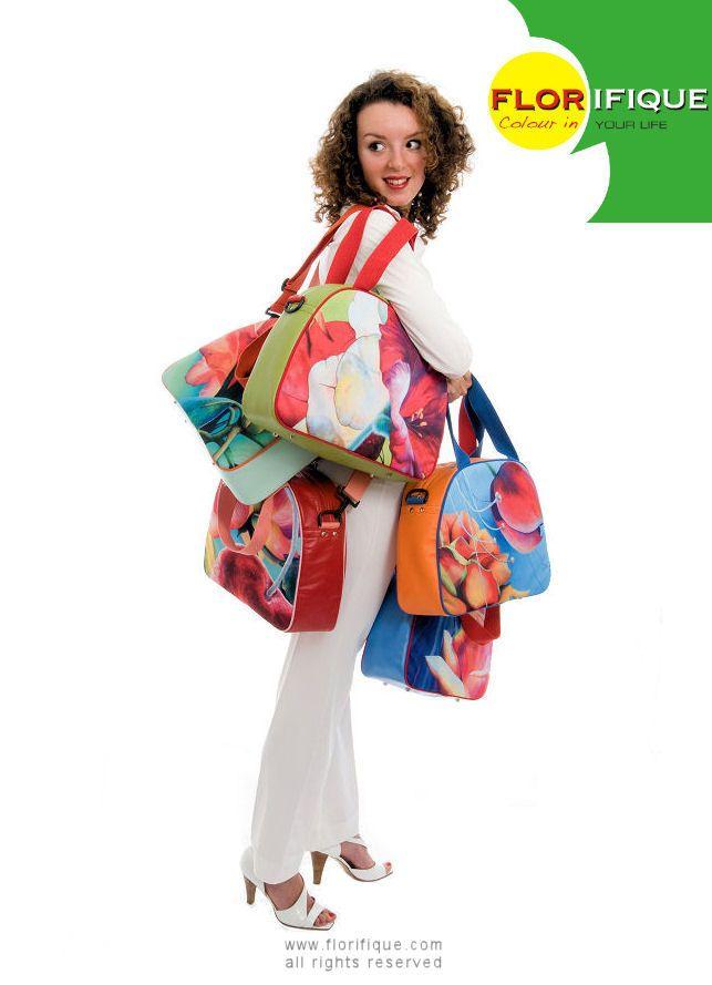 """Wanna travel around the globe with my Florifique Artbags!"""