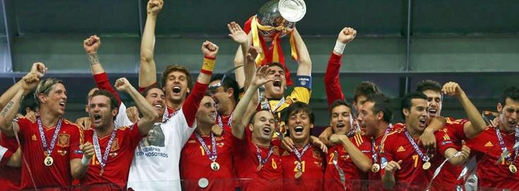 """Europe Champions!!!  Campeones de EUROPA!!!  """"No hay dos sin tres"""", buenos días!"""