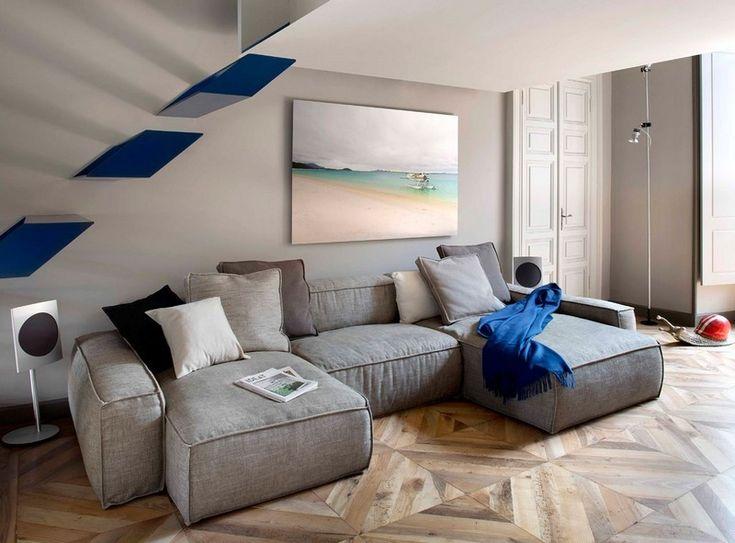 Les designers italiens de studioata ont terminé la rénovation dun appartement original à turin