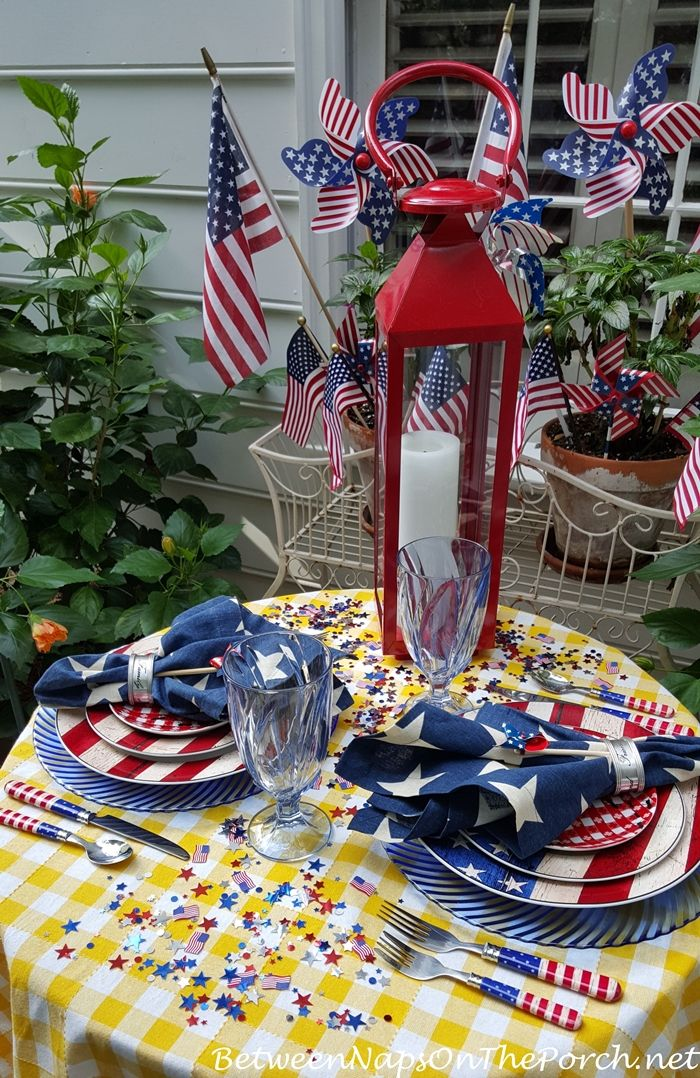Patriotic Tablescape for Labor Day or 4th of July 03 by Between Naps on the Porch.