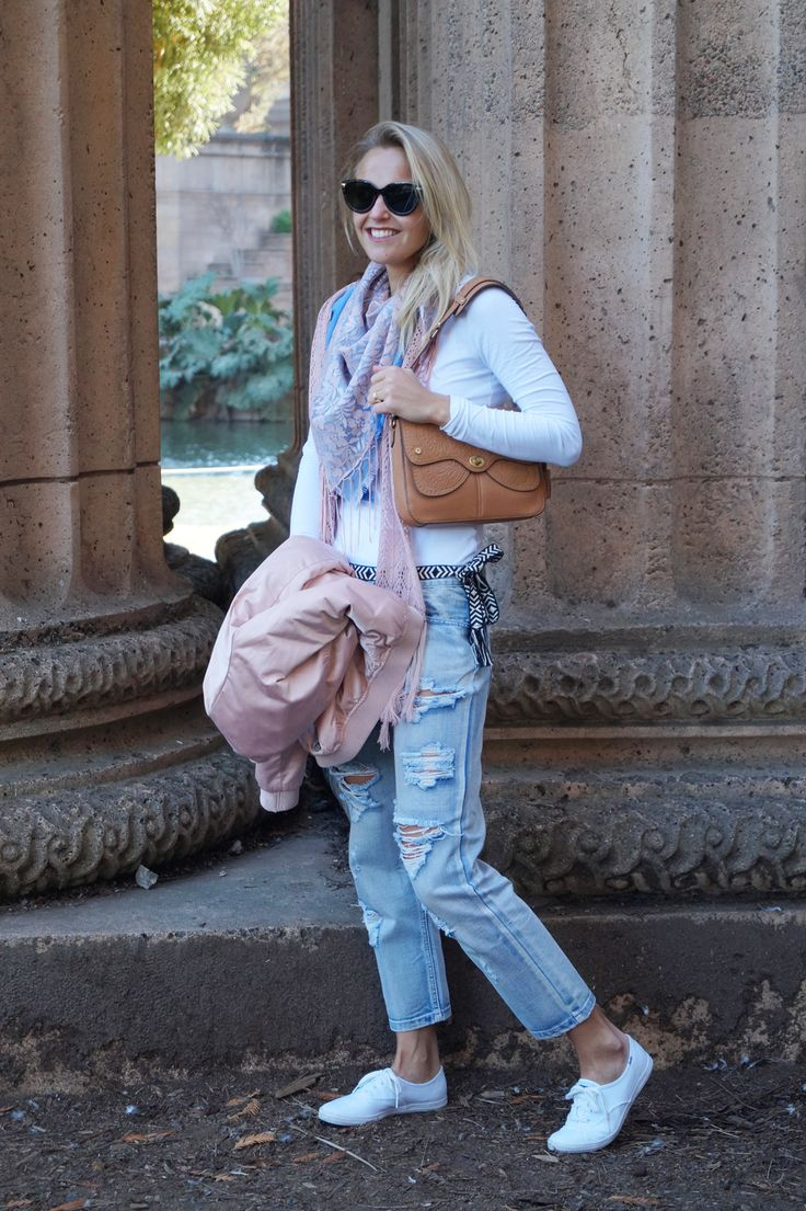 Cool and city chic ootd  Fashion blogger in California: http://bit.ly/2doxzKv