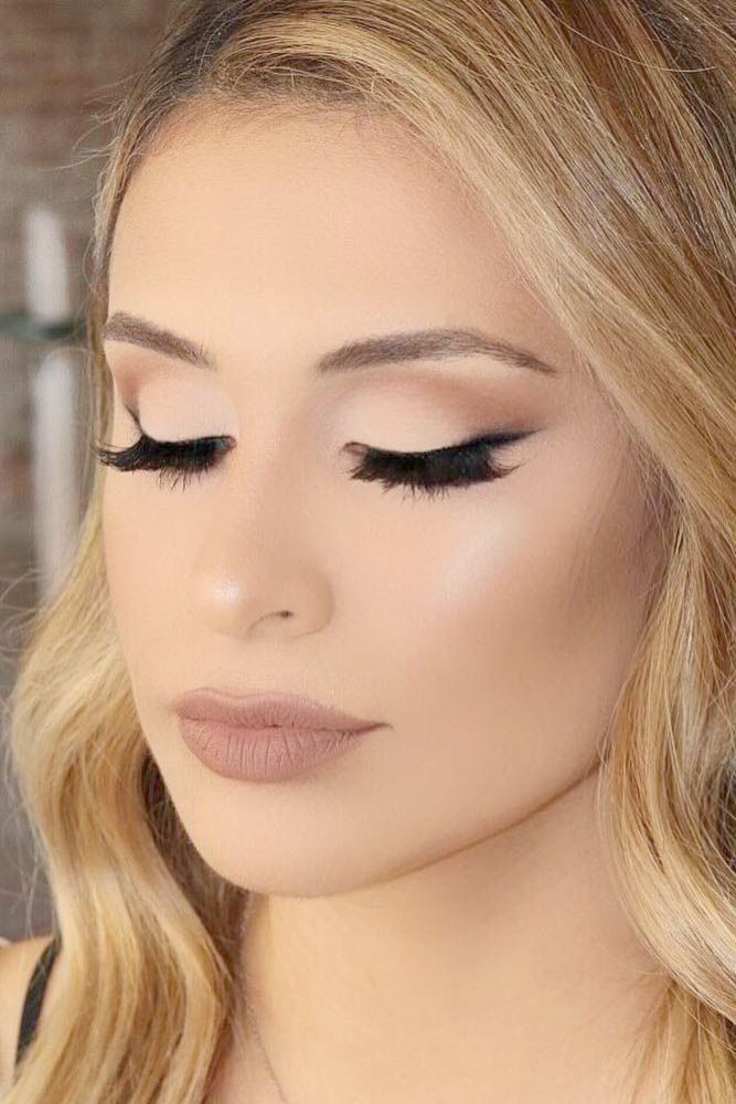 Makeup Looks Dark - Hair And Makeup Tips To Look Younger these Makeup Expo its M...