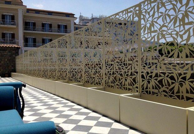 villa_nicolini_sorrento_schermature__laser_cut_terrazza_mare_logical_space_design_02