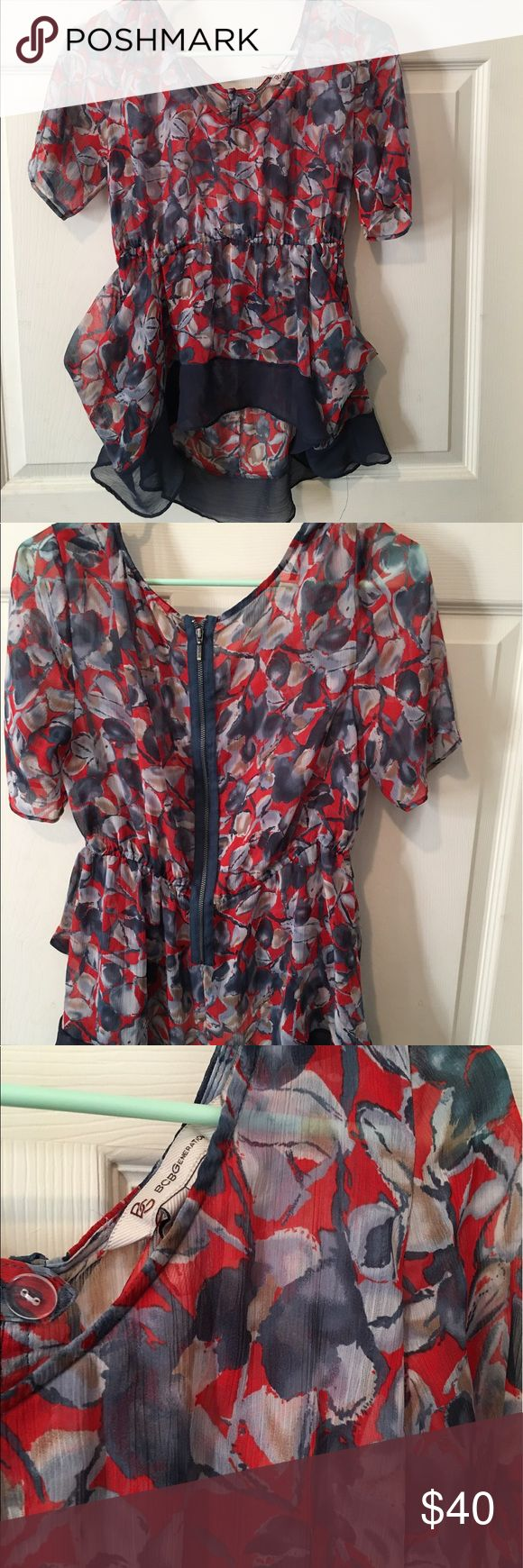 Beautiful BCBG Generation top!! 💐 Always been one of my faves!!😍 Just time to pass along! Sheer, but I always wore a nude bra under it, beautifully detailed top! Two front pockets & zip up back! This always looked perfect with just jeans! ❤️ BCBGeneration Tops Blouses