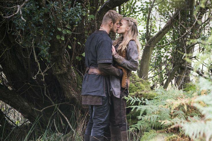 Bjorn (Alexander Ludwig) and Porunn (Gaia Weiss)--finally!