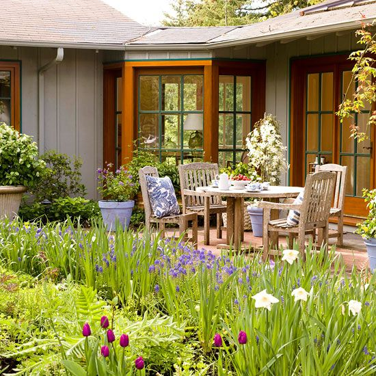 Locate sitting areas so they provide a clear view of your yard's longest dimension.