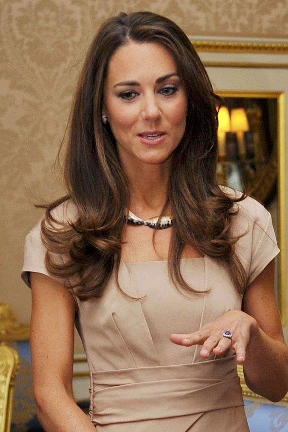 Kate Middleton's super-glossy locks - celebrity hair and hairstyles
