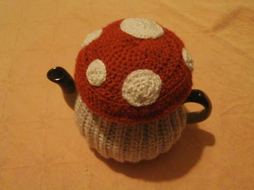 Toadstool tea cosy