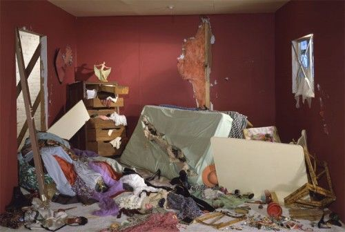 Photography and Narrative:  jeff-wall-destroyed-room