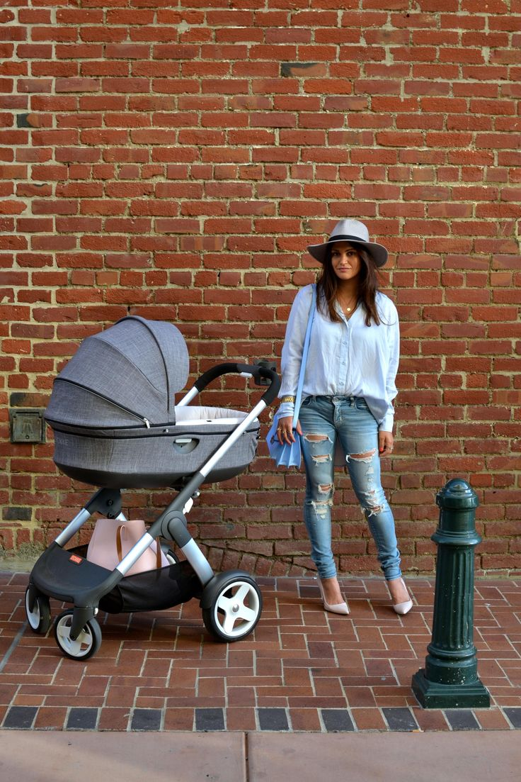 Chic & stylish stroller with all the functionality too – Stokke Crusi  Buy it here! https://strolleria.com/products/stokke-crusi-stroller-black-melange?variant=17785691777
