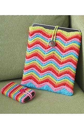 Crochet Ipad or Tablet and mobile phone matching cover. Just a lovely freebie, from Lily Sugar &