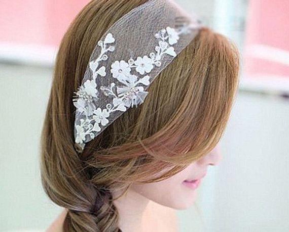Bridal Hairpiece Bridal veil Elegant Bride White by Jewellery4Her