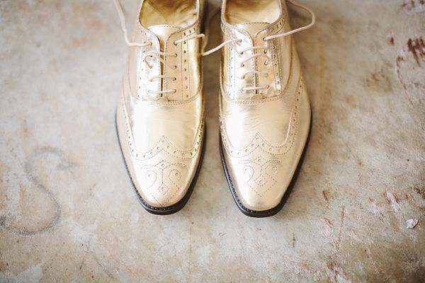 Gold wedding shoes @Philip Lo