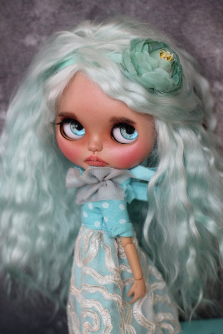 Holly Blythe doll custom OOAK with mohair weft fashionable in Tiffany color, birthday gift, present