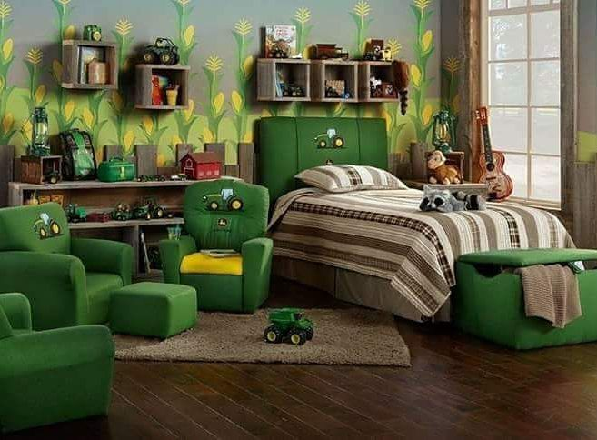 Who's #JohnDeere #bedroom is this 😂🙈