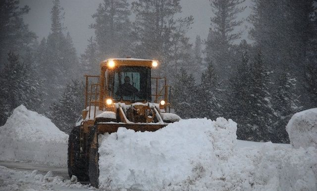 If you are seeking a help from professionals for snow removal services near you. Contact State of the Art Landscape, they provide you the best and affordable services for salting and sanding of roads, drives, parking lots and pathways. Visit us online.