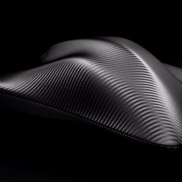 Seoul Tea Service in carbon fiber by Zaha Hadid Architects _