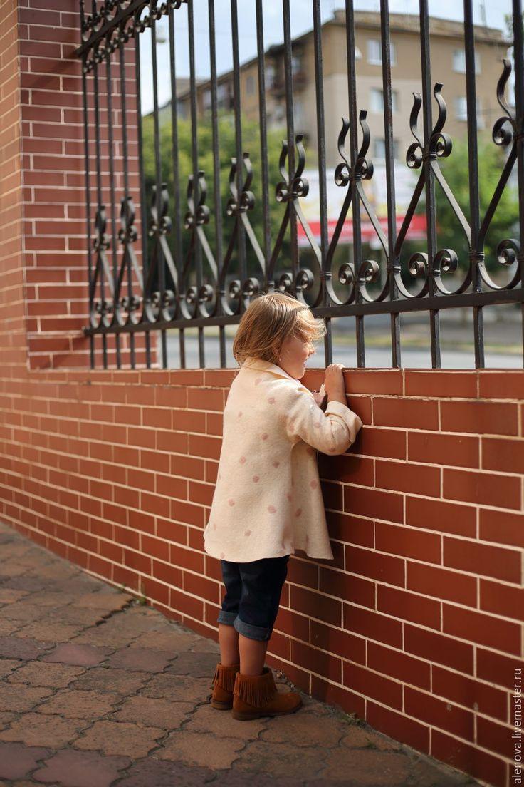 Купить Сливочная карамель - кремовый, в горошек, детская нарядная одежда, полупальто, пальто, жакет, кардиган
