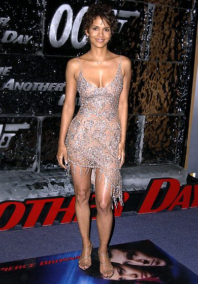 Halle Berry's Incredible Body Through the Years | Halle ...