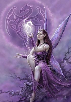 Fleur et Lumière: Bonne fête à notre petite Violette