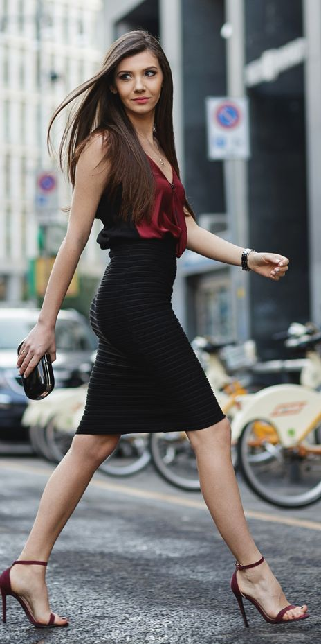 #street #fashion work in style / burgundy top @wachabuy