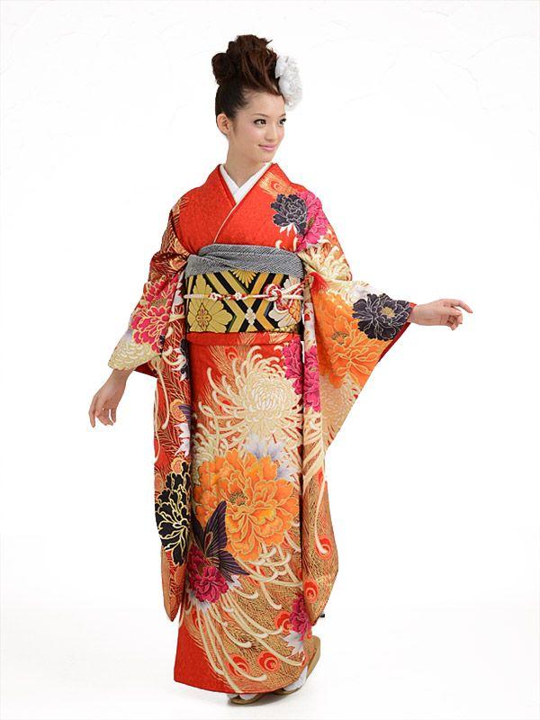 着物・留袖レンタルの京都かしいしょう 振袖レンタルから、留袖、モーニング、訪問着、七五三、白無垢・色打掛等の貸衣装【総合レンタルショップ】
