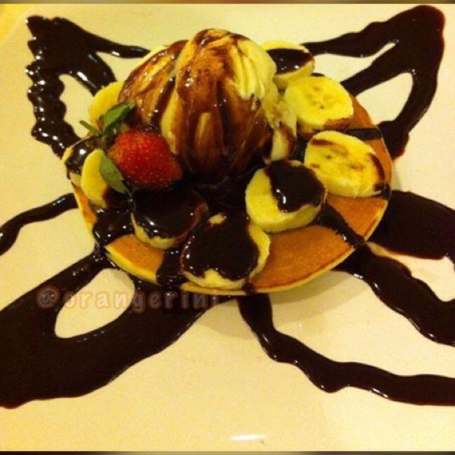 Ice cream banana pancake by Mr. Pancake