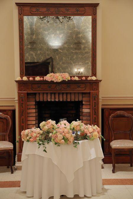 夏の装花 リストランテASO様へ あじさいのチェアフラワーとコーラルピンク : 一会 ウエディングの花