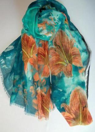 Неимоверно красивый весенне-летний шарф палантин из германии.+(C