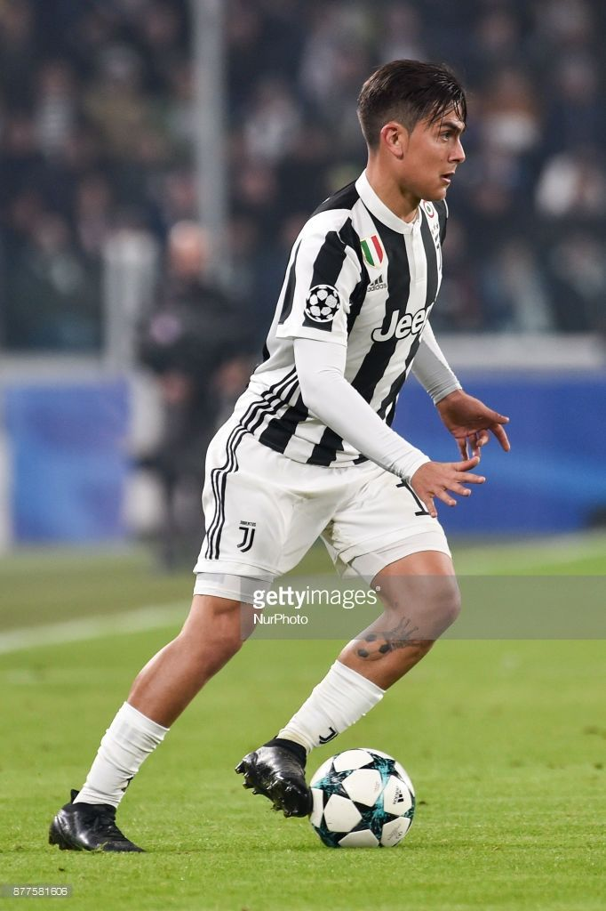 Paulo Dybala of Juventus during the UEFA Champions League match between Juventus and Barcelona at the Juventus Stadium, Turin, Italy on 22 November 2017.