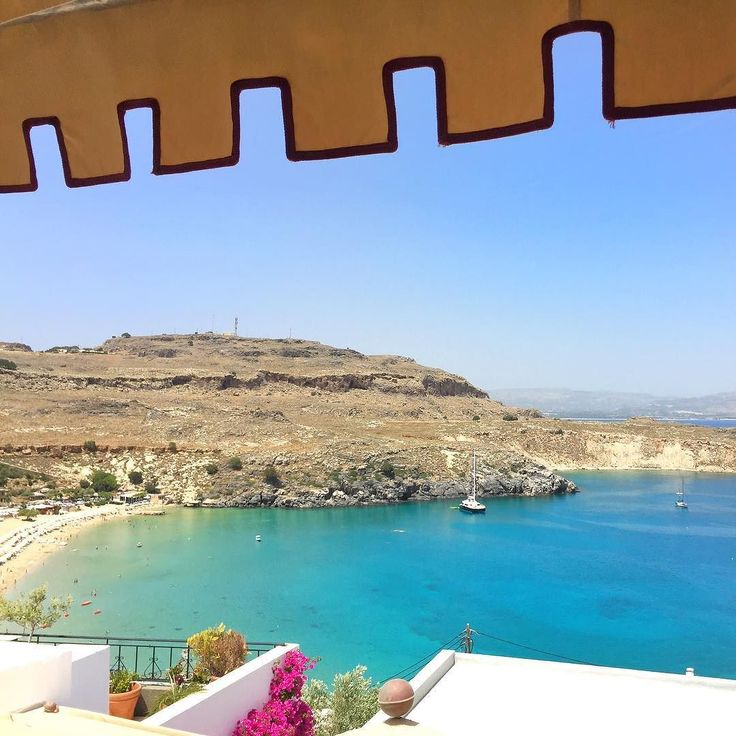 View from above the beach of #Lindos  #360journeyofblue #journeygreece #sheratonrhodes #escape2rhodes #katerinastraveldiary
