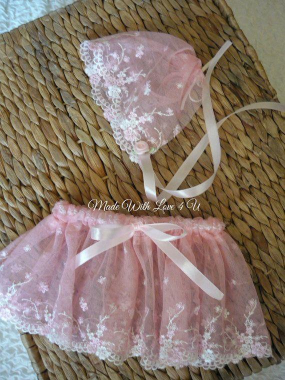 Newborn Lace Bonnet set in pink, Photography prop