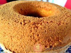 La torta arena quienes la conocen saben de su exquisito sabor. Sus migas se asemejan a granitos de arena por eso lleva su nombre.