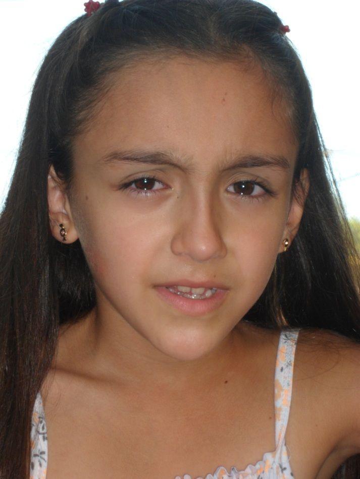 esta es mi hijita, la tristeza que tienen sus ojos es lo que me llena de ternura....