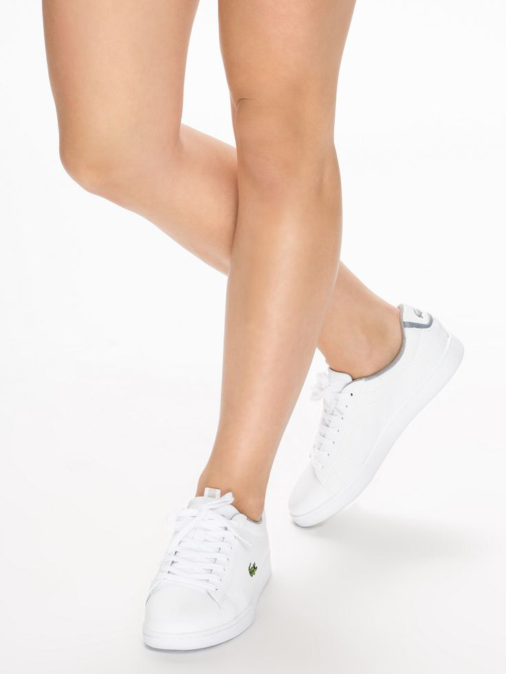 Carnaby Evo Cls Lacoste White pour femme prix promo Baskets Lacoste Nelly.com 99.95 € TTC