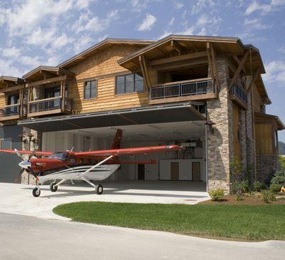 Nest For Peeps Amp Plane Dig Plane Livin Garage House