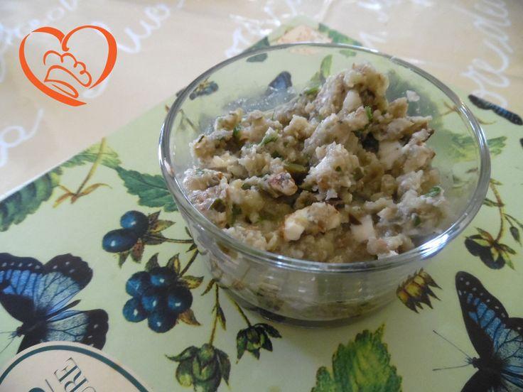 Pesto alle melanzane e mandorle http://www.cuocaperpassione.it/ricetta/19371f4c-9f72-6375-b10c-ff0000780917/Pesto_alle_melanzane_e_mandorle