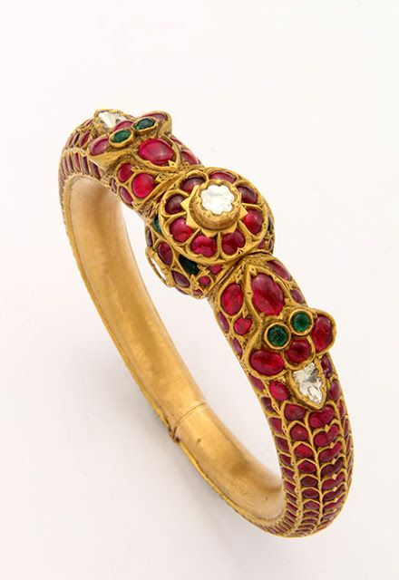 Indian Jewellery and Clothing: Beautiful ruby and emerald studded antique kada and pendant from Mangatrai Jewellers
