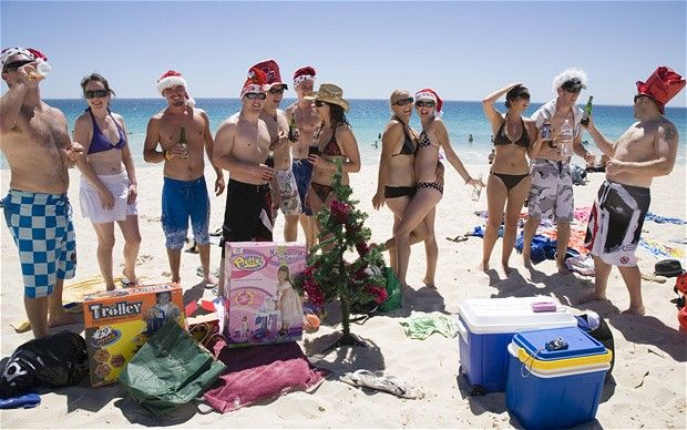 Christmas dinner on the beach in Perth #britairtrans