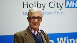 Paul O'Grady - Holby City