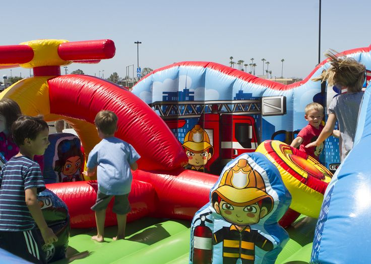 Bounce Houses... Click through to check out the whole list! :-)