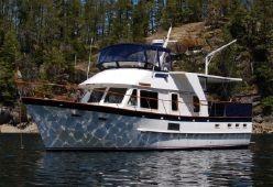 Defever  44 www.gig-harbor-yacht-detailing.com