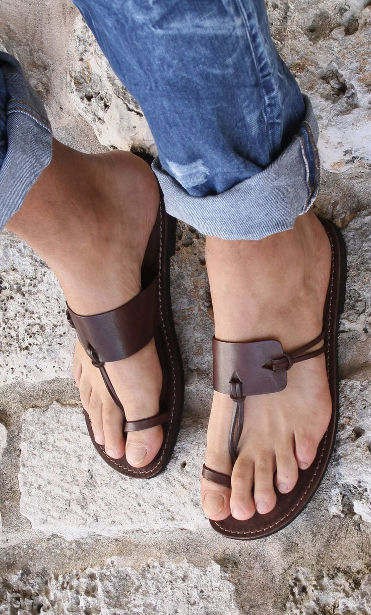 Mens Sandals. Wow I really love this!!